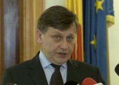 """Basescu va vorbi in Parlament marti, la 15:00, Antonescu """"nu e interesat sa-l asculte"""" (Video)"""