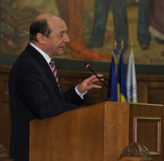Basescu vrea angajati cu experienta si fara rude in Parlament la Supravegherea Fiscala