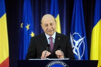 Basescu vrea revocarea conducerii ASF: Arborele genealogic al USL. Cele mai mari salarii din lume (Video)