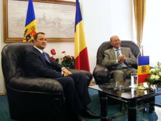 Basescu vrea sa ne extindem in R.Moldova - dar nu cu Vintu