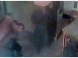 Bataie crunta in Vaslui: o femeie si 3 barbati au ajuns in stare grava la spital