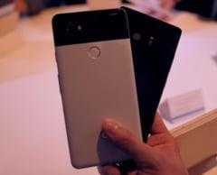 Batalia gigantilor cu Android: Google Pixel 2 XL vs. Samsung Galaxy Note 8 - Care e mai tare?