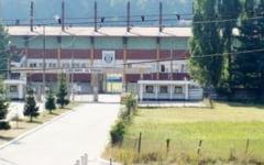 Baza Sportiva Jiul, discutata in consiliul local. Ori se investeste, ori se prapadeste, dar momentan se glumeste!