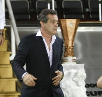 Becali: Batem cu 3-0 pe Napoli