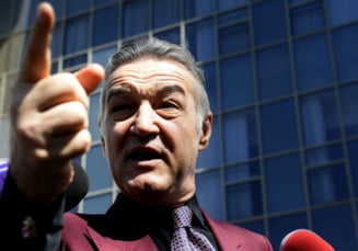 Becali, mana de fier la Steaua: Ce interdictii a primit Reghecampf
