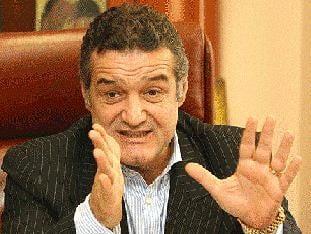 Becali, suparat pe delegarea arbitrilor la CFR - Buzau