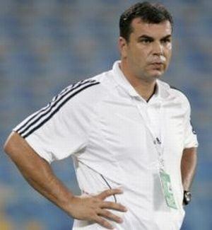 Becali il anunta pe Olaroiu la echipa nationala