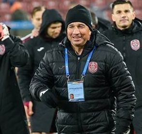 Becali l-a sunat pe Dan Petrescu in ziua derbiului CFR Cluj - FCSB: Poti veni oricand!