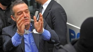 Becali ramane in regim semideschis: Cererea lui de a iesi zilnic din inchisoare a fost respinsa