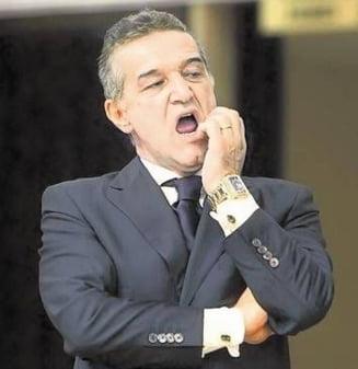"Becali trimite fotbalisti ""muti"" la DNA"