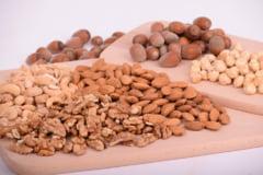 Beneficiile incredibile ale nucilor si semintelor pentru sanatate