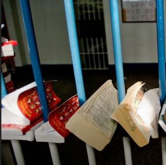 Beneficiile pentru detinutii-scriitori, suspendate pana in septembrie (Video)
