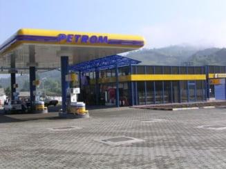 Benzina ajungea la 8 lei litrul, daca Petrom nu se privatiza - Fondul Proprietatea