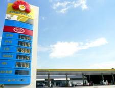 Benzina mai scumpa cu 6 bani la Rompetrol