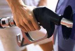 Benzina si motorina s-au scumpit cu peste 15% in 2010