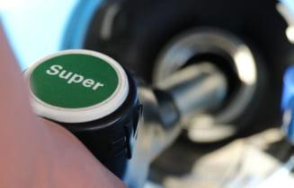 """Benzina sintetică, invenția care ar scoate de pe piață mașinile electrice. Cât de fezabil este combustibilul etichetat """"revoluționar"""""""