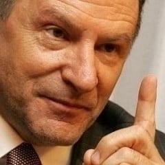 Berceanu: Nu exista in lege o opreliste ca ministrii sa nu-si continue interimatul