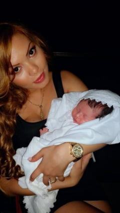 Beyonce si-a botezat fetita. Guta a refuzat sa vina la biserica