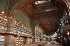 """Biblioteca Universitatii Tehnice transformata timp de doua zile in """"Biblioteca vie"""""""
