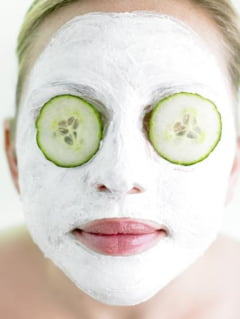 Bicarbonatul de sodiu vindeca buzele crapate si pielea iritata - vezi la ce mai ajuta