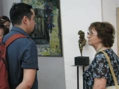 """Bienala """"Ion Andreescu"""" isi deschide miercuri portile"""