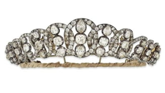 Bijuterii spectaculoase scoase la licitatie - preturile sunt pe masura