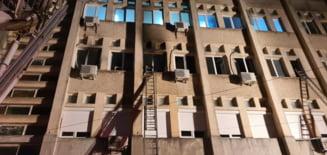 Bilant negru dupa incendiul de la spitalul din Piatra Neamt: zece persoane decedate, sapte in stare critica, printre care si medicul de garda