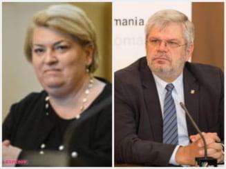 Bilantul celor doi sefi de la TVR si Radioul Public. Avalansa de scandaluri, excursii scumpe in strainatate si jurnalisti batjocoriti