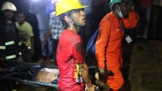 Bilantul tragediei din Bangladesh a depasit 900 de morti