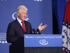 Bill Clinton a publicat prima sa carte de fictiune: The President is Missing