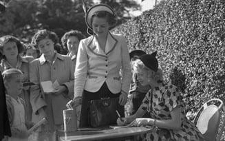 "Biografia autorizata a lui Thatcher dezvaluie viata amoroasa a ""Doamnei de fier"""