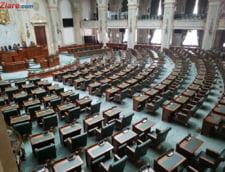 Biroul Permanent al Camerei a fost suspendat din lipsa de cvorum. Opozitia spune ca sedinta de plen e ilegala si ordonantele Guvernului nu pot intra in vigoare