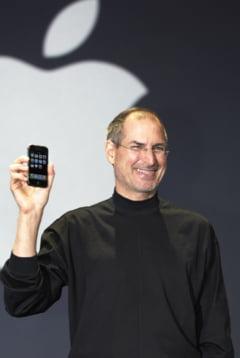 Biroul lui Steve Jobs de la Apple este la fel cum l-a lasat inainte sa moara
