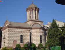 Biserica Ortodoxa colecteaza sange: Campanie de donare in scoli si facultati