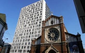 Biserica romano-catolica ii cere lui Oprescu sa inceapa demolarea Cathedral Plaza
