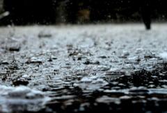 Bistrita-Nasaud: Inundatii in comuna Lunca Ilvei, aflata sub Cod rosu de vreme severa