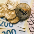 Bitcoin, la vanzare in supermarketuri sub forma de vouchere si carduri cadou