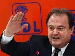 Blaga, prezentat ca viitorul presedinte al PDL: Nu-mi trebuie functie sa va conduc
