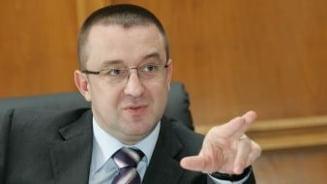 Blejnar, acuzat oficial de complicitate la evaziune fiscala - fostul sef al Fiscului neaga