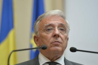 Bloomberg scrie despre Mugur Isarescu: Cel mai longeviv guvernator trebuie sa decida daca isi va prelungi mandatul