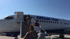 Blue Air prelungeste programul pentru call-center, dupa ce numarul solicitarilor a crescut de 4 ori. Ce optiuni au pasagerii zborurilor anulate