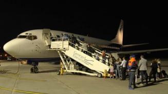 Blue Air renunta la 7 rute si pastreaza o singura aeronava pe aeroportul din Bacau. Cand se reiau zborurile