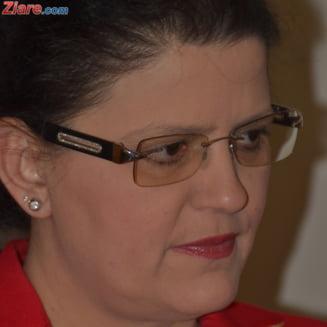 Boagiu: Tovarasul Fenechiu ne ia la misto, privatizarea CFR Marfa va fi un alt tun Interviu