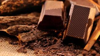 Boala grava ce poate fi prevenita cu vin si ciocolata