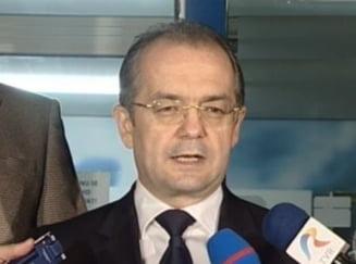 Boc: Daca lucrurile merg bine, putem discuta majorarea pensiilor si salariilor, in 2012