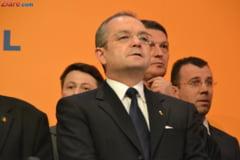 Boc: Demisia consilierilor prezidentiali, un demers sanatos