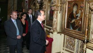 Boc, Dumnezeul lui Basescu (Opinii)