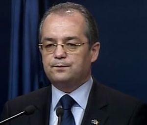 Boc: Guvernul isi asuma raspunderea pe Coduri pentru ca asa vrea CE