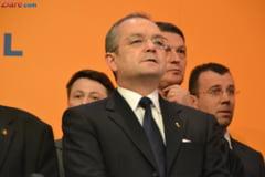 Boc: Guvernul sfideaza Transilvania, da bani pentru proiectele electorale ale USL
