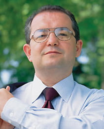 Boc: In 2012 se pastreaza impozitul suplimentar pentru cei cu mai multe proprietati